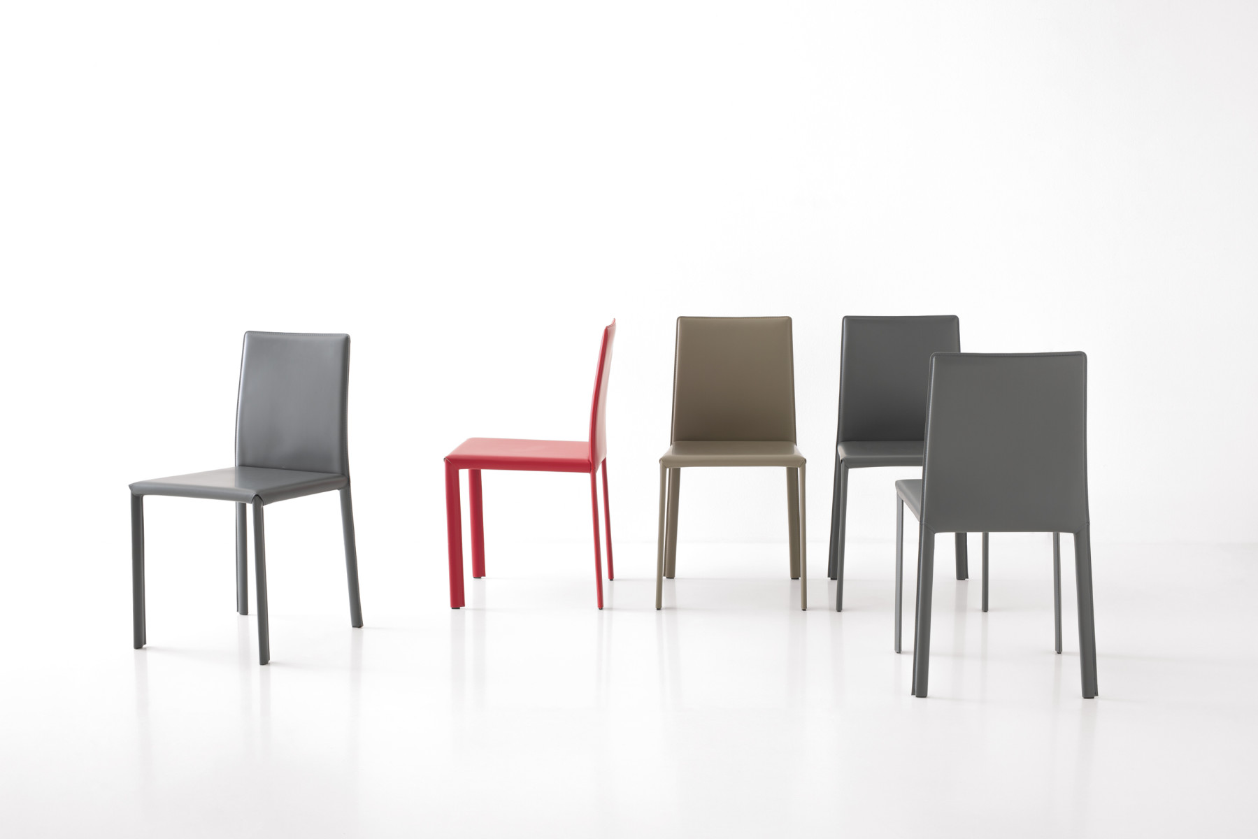 PAOLA<br>CHAIR