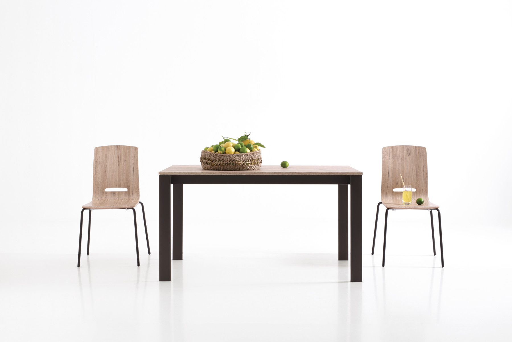 SIMPLE<br>TABLE